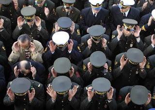 Φρένο (;) στην ασυδοσία των στρατιωτικών στην Τουρκία