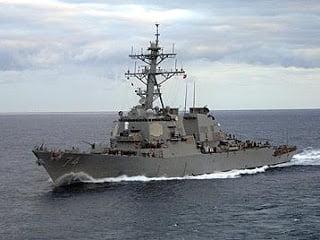 Τα πλοία των ΗΠΑ και του ΝΑΤΟ περνάνε τα Στενά του Βοσπόρου και κατευθύνονται στις ακτές της Γεωργίας