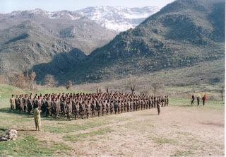 Περισσότεροι Κούρδοι παίρνουν τα όπλα