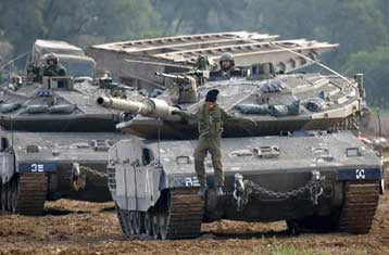 Επέλαση ισραηλινών δυνάμεων προς το κέντρο της Γάζας