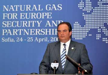 Συμφωνία για νέο αγωγό υπέγραψαν Ελλάδα και Βουλγαρία
