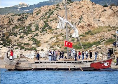 Τούρκοι οι Φωκαείς, τουρκική και η τριήρης…