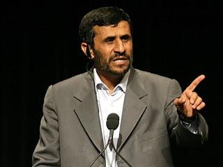 Αχμαντινετζάντ: «Ψέμα το Ολοκαύτωμα»