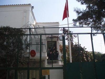Όμηροι του τουρκικού προξενείου θα είναι ΠΑΣΟΚ και κεντρώα ΝΔ.Γιατί ο ΛΑ.Ο.Σ δεν έβαλε μουσουλμάνους υποψηφίους