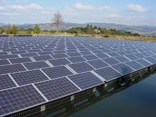 Φεύγουν από την Ελλάδα επενδύσεις στις ανανεώσιμες