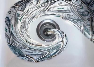 Σε κατάσταση εκτάκτου ανάγκης βρίσκονται οι αγορές ομολόγων της Ελλάδος, Πορτογαλίας και Ισπανίας – Eκτοξεύθηκαν τα CDS στις 800 μ.β.