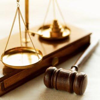 Επιτέλους, βρέθηκε ένας εισαγγελέας, έστω και συνταξιούχος! Μήνυση στους άθλιους υπονομευτές της πατρίδας μας!