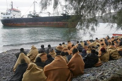 Λιβύη: Αξίωση για 5 δισ. ευρώ από την Ε.Ε κατά της παράνομης μετανάστευσης