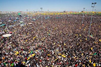 21 Μαρτίου 2011: Θα γίνει το Ντιγιαρμπακίρ μια νέα Πλατεία Ταχρίρ;