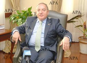 Ο Τούρκος Πρέσβης στο Αζερμπαϊτζάν: «Αυτοί που ασκούν πιέσεις για άνοιγμα των συνόρων Τουρκίας-Αρμενίας να κοιτάξουν πρώτα τα ψηφίσματα του ΟΗΕ»