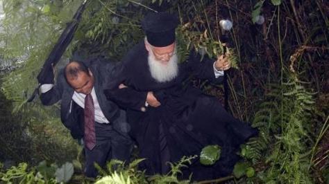 O Οικουμενικός Πατριάρχης κινδύνεψε για να φτάσει σε Μοναστήρι του Πόντου!