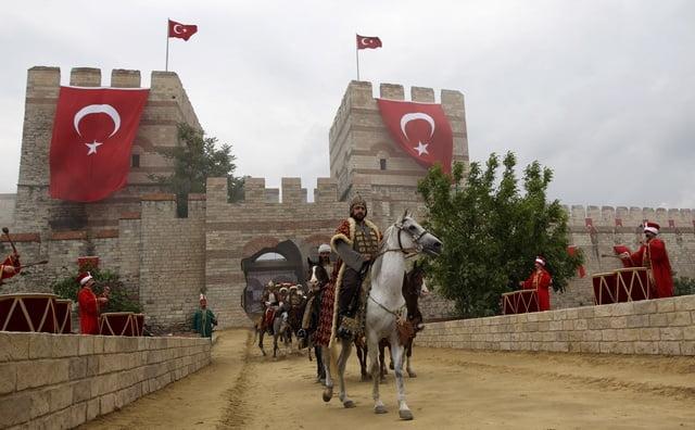 """Τουρκία: """"Δωρεάν οι τούρκικες σειρές στην Ελλάδα""""! (Για εκπαίδευση και …πολιτισμό)"""