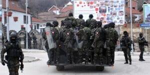 Οι Σέρβοι «ξήλωσαν» το μνημείο των ανταρτών του UCK…
