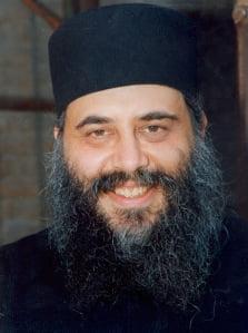 """Σκουριές: η ομιλία του Αρχιμανδρίτη π. Χριστόδουλου, Πνευματικού και εφημερίου του Ησυχαστηρίου """"Παναγία, η Φοβερά Προστασία"""" Χαλκιδικής"""