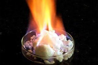 Υδρίτες Μεθανίου: Φωτιά από τον Πάγο Παράγει Αέριο στην Ιαπωνία