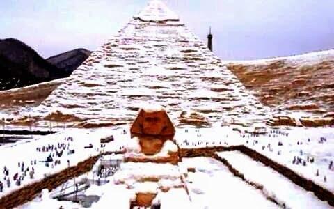 Χιόνισε στο Κάιρο «μετά από 112 χρόνια»