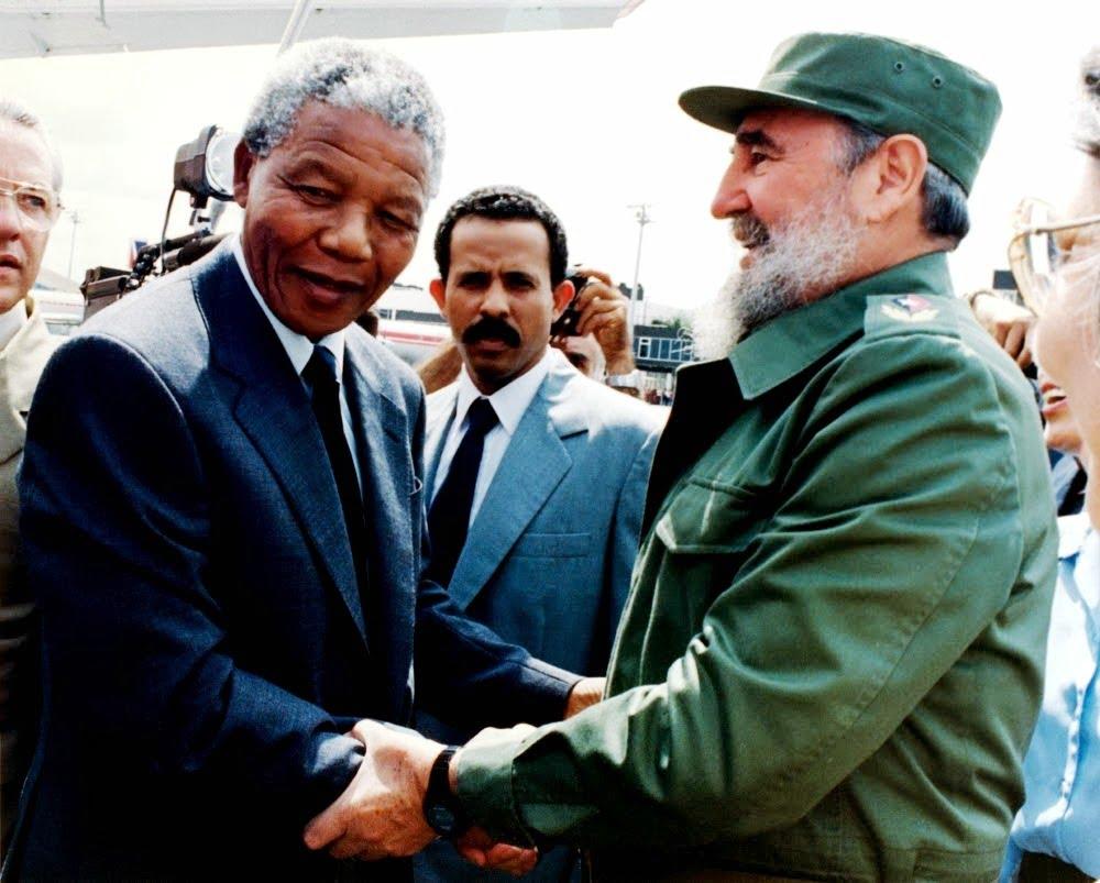 Γράμμα από τον Φιντέλ – Ο Μαντέλα πέθανε. Γιατί κρύβουν την αλήθεια για το απαρτχάιντ; (2)