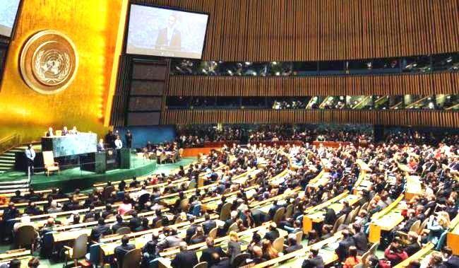 «Είμαστε σε πόλεμο με έναν ιό» – Δραματική έκκληση του ΓΓ του ΟΗΕ να αναχαιτιστεί η επιδημία