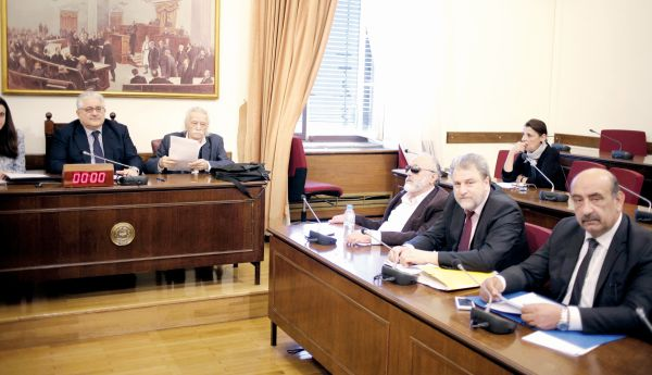 Αίτημα της Διακομματικής Επιτροπής για συνάντηση με την καγκελάριο σχετικά με τις γερμανικές αποζημίωσεις