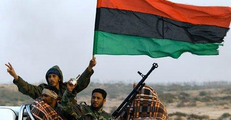 Λιβύη: Σφοδρές Μάχες στη Βεγγάζη – Ιταλικός «Συναγερμός» στην Ιταλία για Εισροή 800.000 Μεταναστών