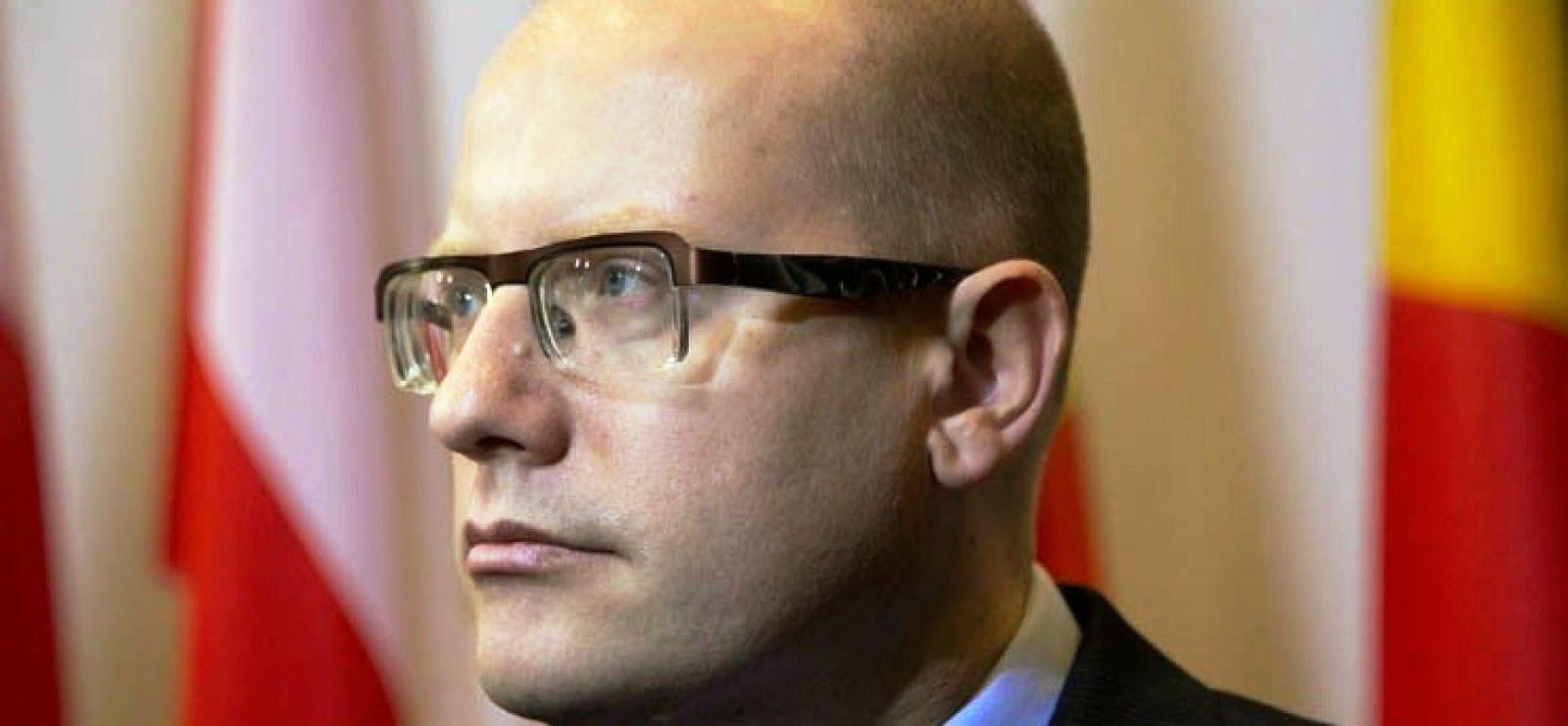 Κρύο ντους για τον Ομπάμα, η Πράγα δεν θέλει το ΝΑΤΟ