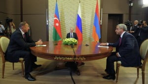 Ναγκόρνο-Καραμπάχ: Ρωσική παρέμβαση ρίχνει τους τόνους