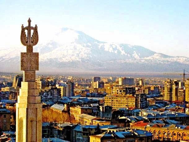 Το Ερεβάν χαιρετίζει την ελληνική πρόοδο στο ζήτημα του αναθεωρητισμού