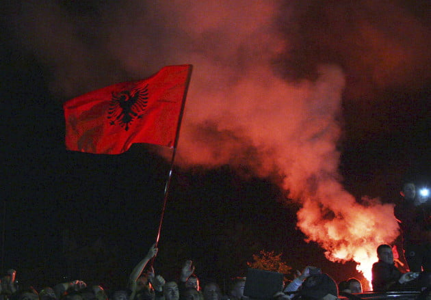 Αναβάλλεται ιστορική επίσκεψη του Αλβανού πρωθυπουργού στην Σερβία