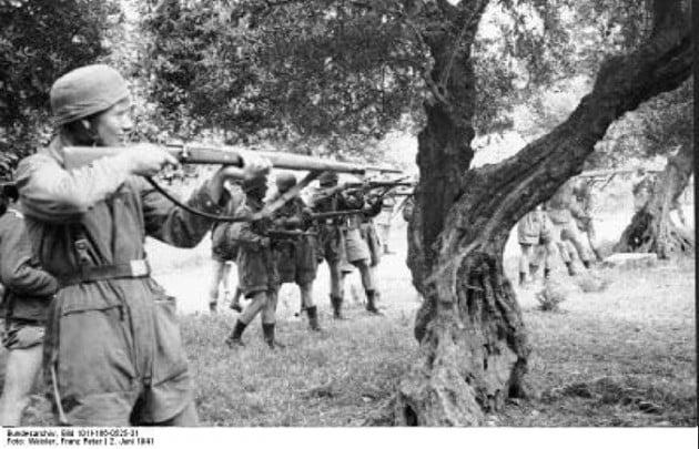 """Γερμανικές αποζημιώσεις: """"Δεν επαιτούμε απαιτούμε"""" – Ένας στρατηγός εξηγεί γιατί"""