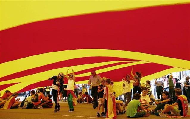 Κομισιόν: Μια ανεξάρτητη Καταλονία δεν θα ανήκε στην Ε.Ε.
