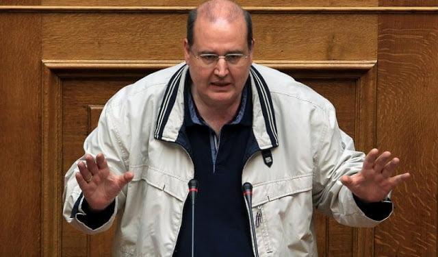 Την κεφαλή του Νίκου Φίλη επί πίνακι ζητά ο ποντιακός ελληνισμός