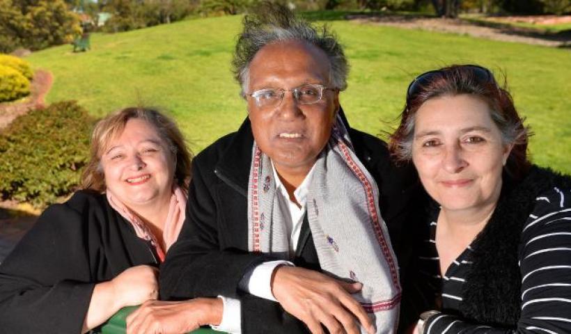 O Φίλης και ο ΣΥΡΙΖΑ ενθαρρύνουν τους απανταχού αρνητές – Στον «πάγο» μνημείο για τα θύματα της Γενοκτονίας στην Αυστραλία