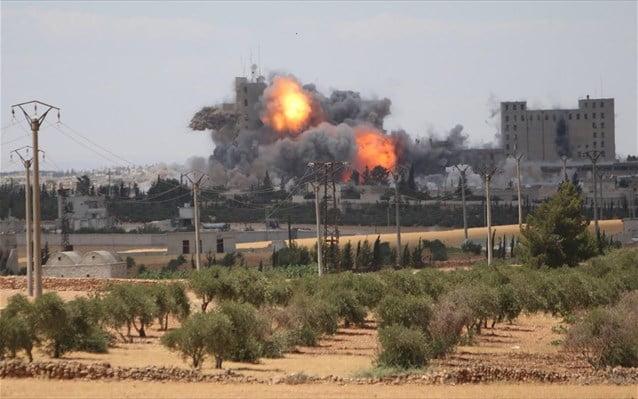 Δυνάμεις του στρατάρχη Χαφτάρ βομβάρδισαν το αεροδρόμιο της Τρίπολης