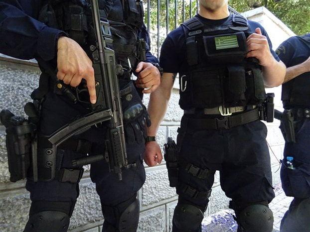 Υπόνοιες για «ολλανδικό μπλακάουτ» στους ελέγχους για τζιχαντιστές στην Ελλάδα