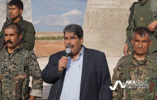 Σαλέχ Μουσλίμ: «Η Τουρκία έχει μόνο ένα στόχο: Να υποστηρίξει το ISIS»