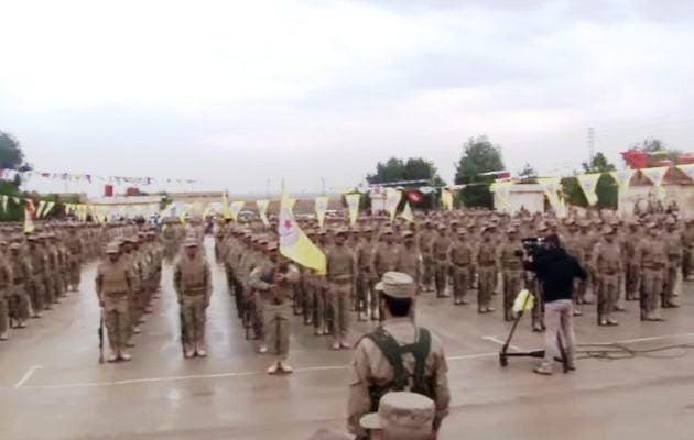 Οι Κούρδοι της Συρίας προχωρούν στη συγκρότηση τακτικού στρατού (βίντεο)