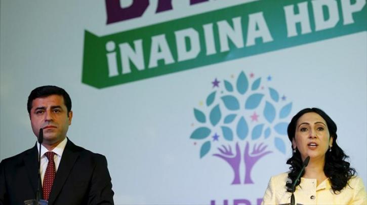 ΣΥΡΙΖΑ: Ανυπόστατες οι κατηγορίες κατά του HDP, αμέριστη συμπαράσταση και αλληλεγγύη στους διωκόμενους