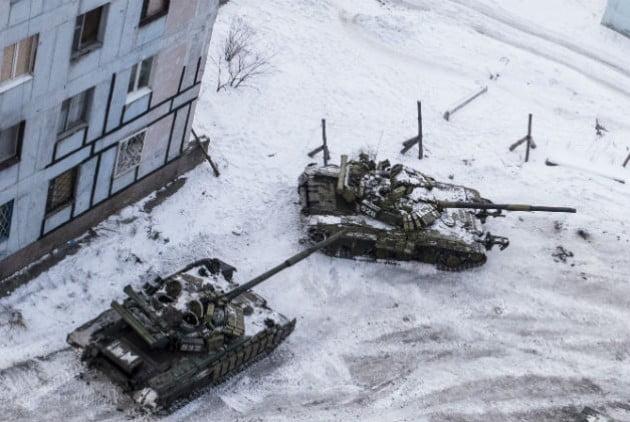 Κλιμάκωση στην ανατολική Ουκρανία και διπλωματικός πόλεμος