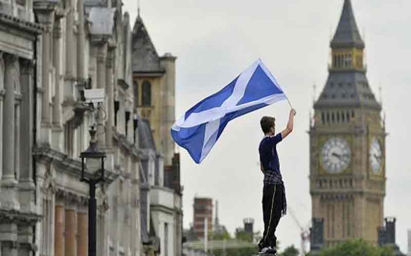 Η Ισπανία εκδικείται για το Γιβραλτάρ – Ανοιχτή στην ένταξη «ανεξάρτητης Σκωτίας» στην ΕΕ