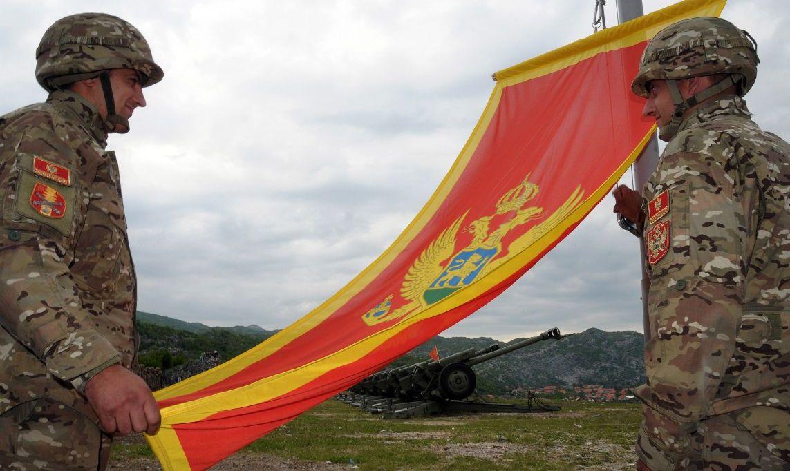 Το ΝΑΤΟ Προσπαθεί να Σύρει τη Ρωσία σε Έναν Βαλκανικό Πόλεμο