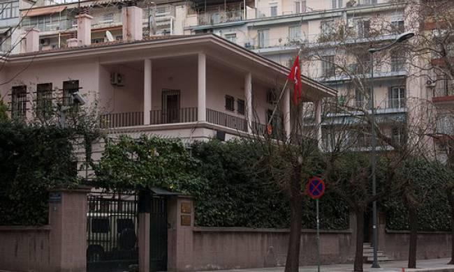 """Τρέχουν και δεν φτάνουν στην Άγκυρα – Τούρκος διπλωμάτης την """"κοπάνησε"""" από Θεσσαλονίκη για Σκανδιναβία"""