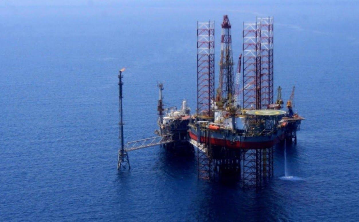 Η Τουρκία ψάχνει θαλάσσια πλατφόρμα πετρελαίου – Γιατί πρέπει να ανησυχούμε…