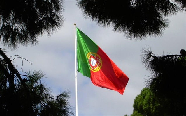 Οι δικοί μας εξαπατούσαν ότι θα έσκιζαν τα μνημόνια, οι Πορτογάλοι δούλευαν ενωμένοι – «Πράσινο» στο αίτημα της Πορτογαλίας για πρόωρη αποπληρωμή των οφειλών προς ΔΝΤ