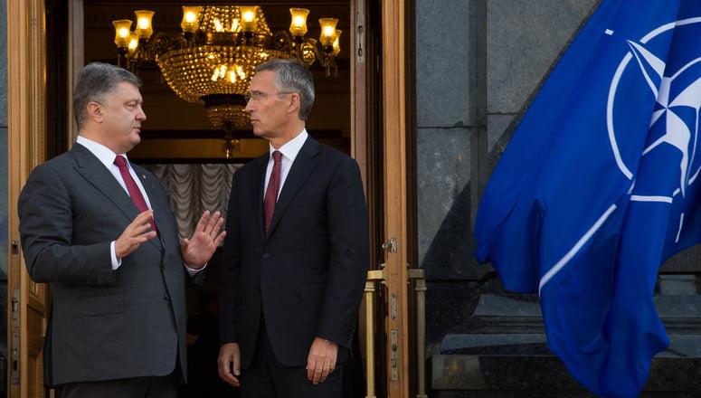 Έναρξη ενταξιακών διαδικασιών για την Ουκρανία στο ΝΑΤΟ