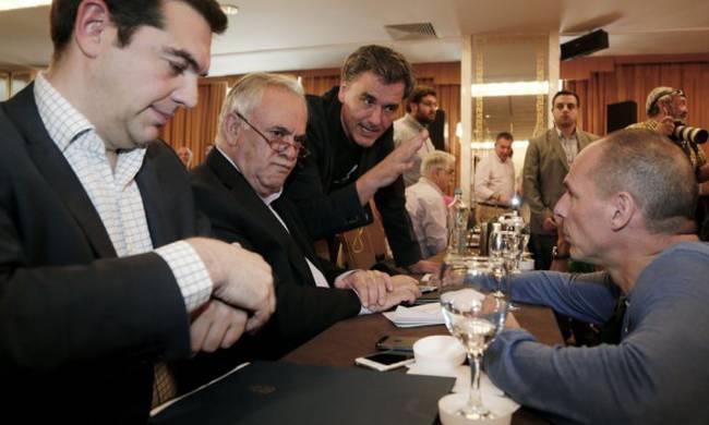 Η πολιτική απάτη στην Ελλάδα έχει αναχθεί σε… όγδοη τέχνη