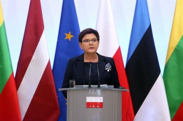 Γερμανία: Δεν υπάρχει θέμα καταβολής πολεμικών αποζημιώσεων στην Πολωνία