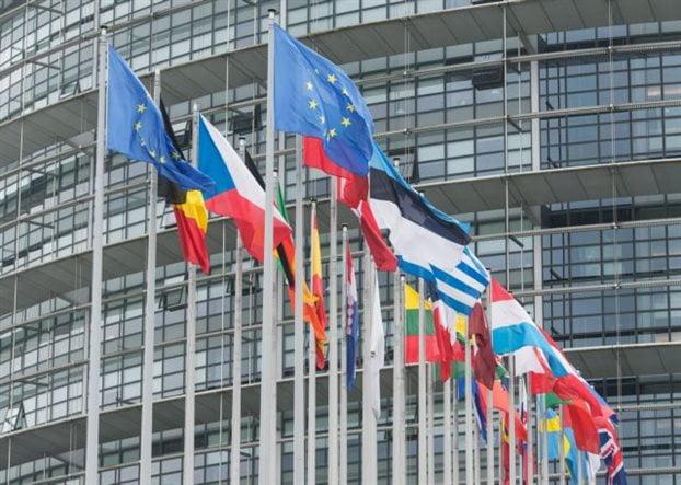 ΕΕ: Καλεί ΗΠΑ να μην επαναφέρουν τις κυρώσεις εις βάρος της Τεχεράνης