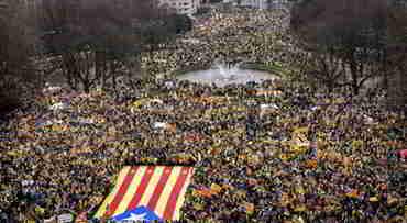 45.000 Καταλανοί στις Βρυξέλλες: Μια ιστορική διαδήλωση που τα ΜΜΕ ούτε είδαν ούτε άκουσαν!…