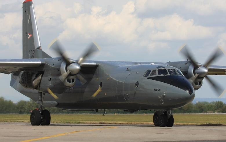 Στο Ελευθέριος Βενιζέλος το θηριώδες Antonov με 80 τόνους υγειονομικό υλικό υψηλής προστασίας (φωτό, video)