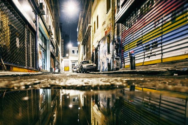 """Άρθρο γροθιά στο στομάχι – Διαβάστε το: """"Πώς οι «δημαρχαίοι» κατέστρεψαν σιωπηλά την Αθήνα"""""""